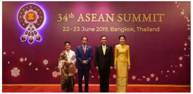 印度与泰国首脑会晤 商讨提振天